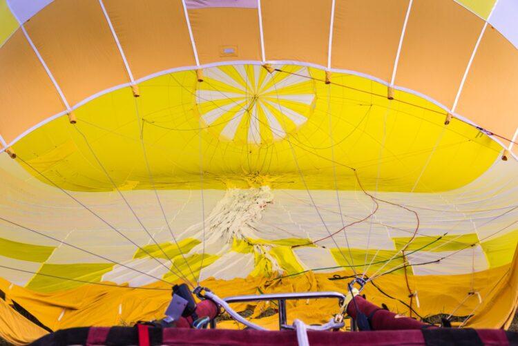 Nettoyage et désinfection des ballons à air chaud